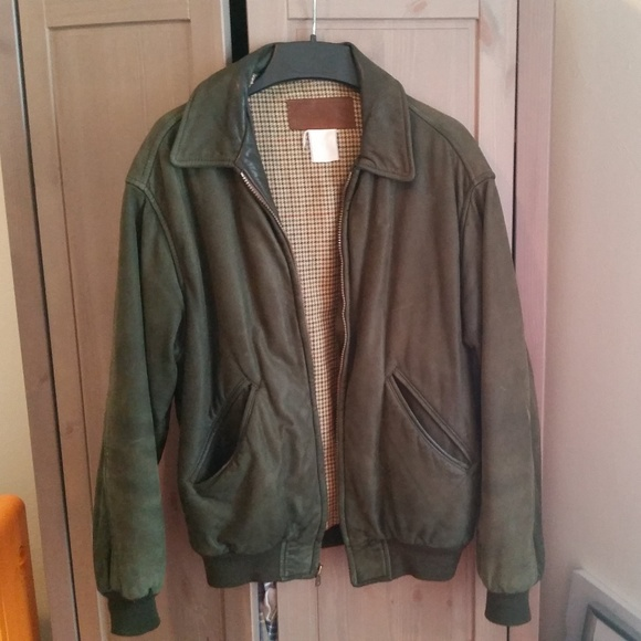 64033455d Vintage L.L. Bean Insulated Leather Bomber Jacket